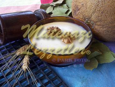 Pudín de leche con melón Cabana