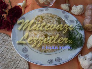 Reis mit Blumenkohl