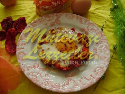 Uovo con Pomodoro Secco