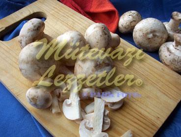 Sardellen mit Pilz Im Backofen