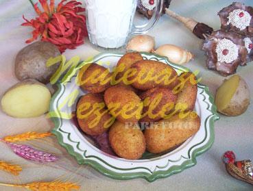 Albóndigas de patata rellenas