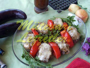 Mekik Meatballs with Eggplant