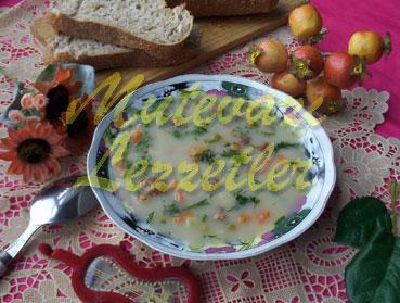 Rumänische Suppe