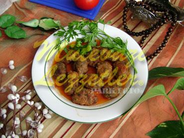 Albóndigas con tomate Pegar