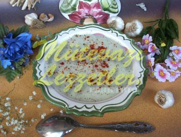 Sarımsaklı Pirinç Çorbası (fotoğraf)