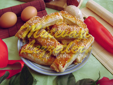 Sucuklu Milföy Böreği (fotoğraf)