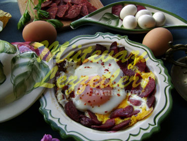 Soujouk With Eggs