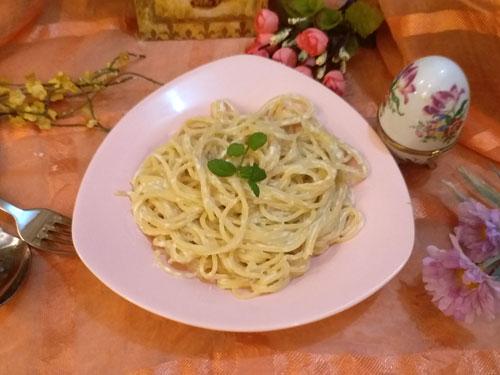 Sütlü Spagetti (fotoğraf)
