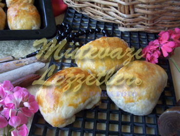 Puffy pastelería con kebab mezcla de llenado