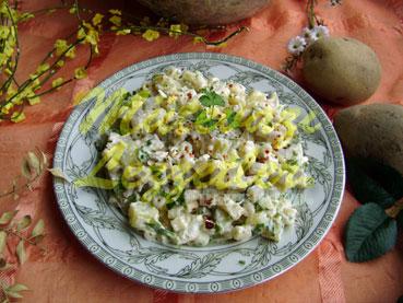 Tavuklu Patates Salatası (fotoğraf)