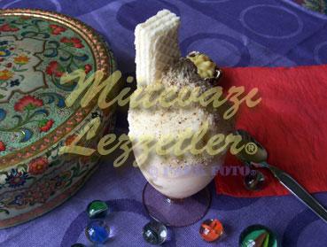 Vanilyalı Dondurma (fotoğraf)