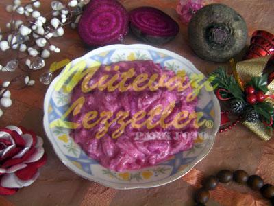 Yoğurtlu Pancar Salatası (fotoğraf)