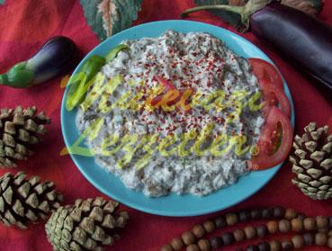 Aubergienensalat mit Joghurt
