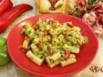 Biberli Makarna Salatası