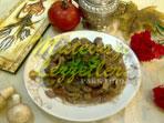 Geschmorte Leber mit Pilzen