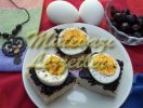 Canapés with Egg